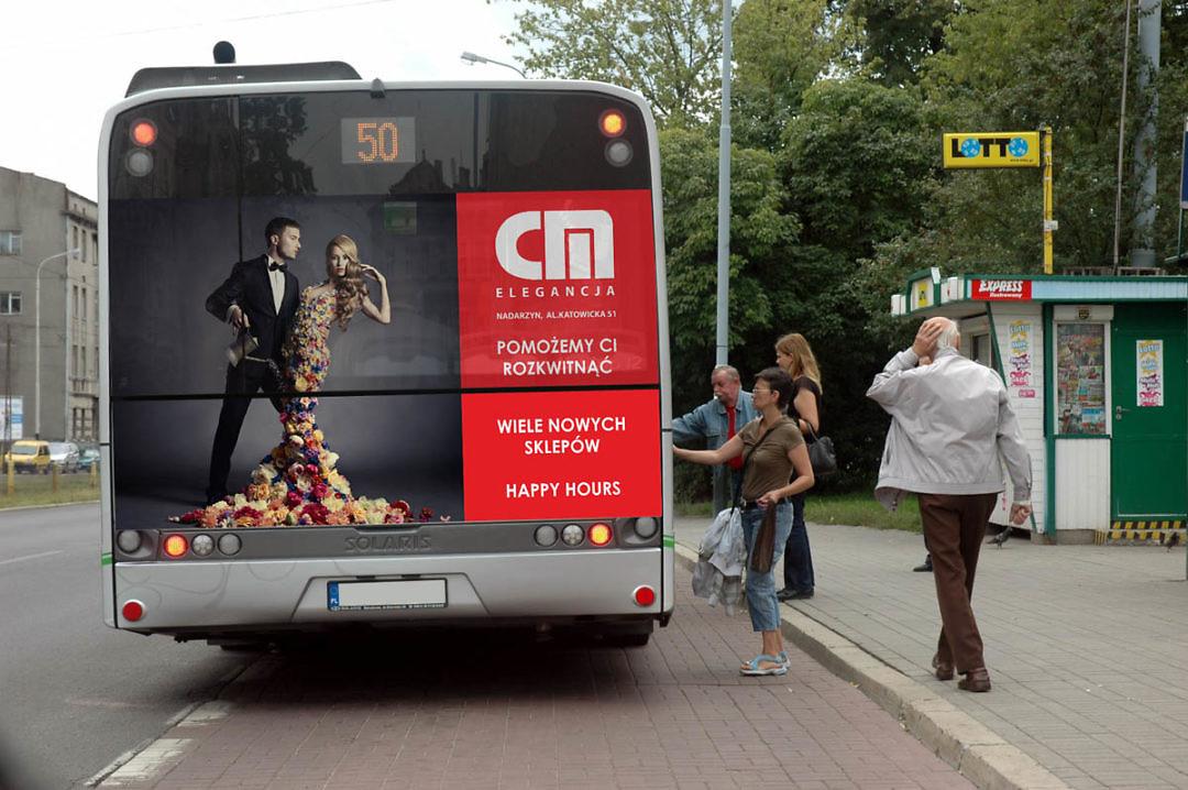Centrum Mody Nadarzyn – Reklama naautobusie